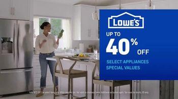 Lowe's Labor Day Savings TV Spot, 'Refreshing Updates: Appliances & Valspar Paint' - Thumbnail 5