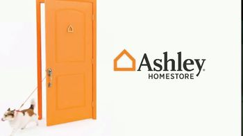 Ashley HomeStore Labor Day Sale TV Spot, 'Final Days: Doorbusters' Song by Midnight Riot - Thumbnail 1