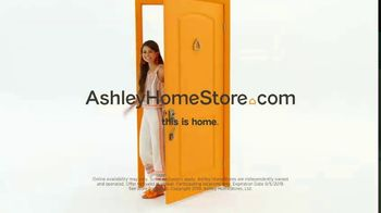 Ashley HomeStore Labor Day Sale TV Spot, 'Final Days: Doorbusters' Song by Midnight Riot - Thumbnail 10