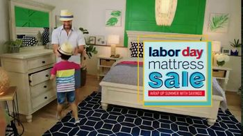 Ashley HomeStore Labor Day Mattress Sale TV Spot, 'Final Days: Adjustable Sets' - Thumbnail 2