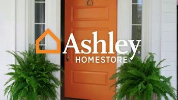 Ashley HomeStore Labor Day Sale TV Spot, 'Extended: Living Room' Song by Midnight Riot - Thumbnail 1