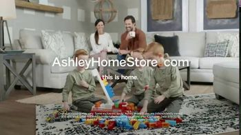 Ashley HomeStore Labor Day Sale TV Spot, 'Extended: Living Room' Song by Midnight Riot - Thumbnail 7