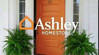 Ashley HomeStore Labor Day Mattress Sale TV Spot, 'Extended: Mattress Sets' Song by Midnight Riot - Thumbnail 1