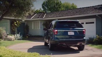 C by GE TV Spot, 'Leave Home With Peace of Mind' Featuring John Slattery - Thumbnail 5