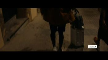 Away Luggage TV Spot, 'Early Arrival' - Thumbnail 4