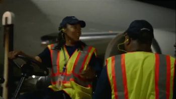 FedEx Express TV Spot, 'A Career That Takes Off' - Thumbnail 5