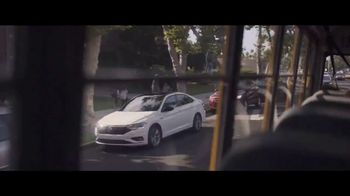 Volkswagen Evento Maneja en Grande TV Spot, 'Dejar' [Spanish] [T2] - Thumbnail 1