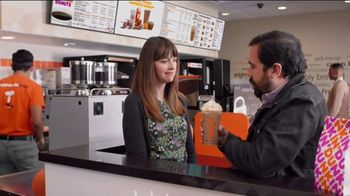 Dunkin' Cinnamon Sugar Pumpkin Signature Latte TV Spot, 'Carver' - Thumbnail 2