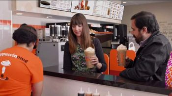 Dunkin' Cinnamon Sugar Pumpkin Signature Latte TV Spot, 'Carver' - Thumbnail 4