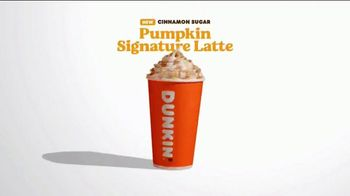 Dunkin' Cinnamon Sugar Pumpkin Signature Latte TV Spot, 'Carver' - Thumbnail 9