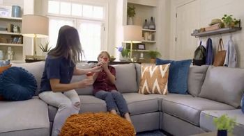 Ashley HomeStore TV Spot, 'Back to School in Style' - Thumbnail 8