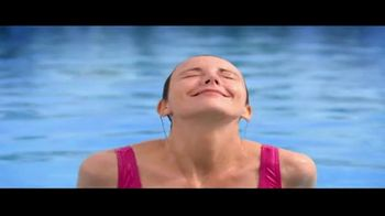 Nickelodeon Hotels & Resorts Punta Cana TV Spot, 'Luxury Lets Loose: 62%' - Thumbnail 3