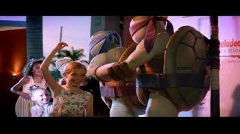 Nickelodeon Hotels & Resorts Punta Cana TV Spot, 'Luxury Lets Loose: 62%' - Thumbnail 6