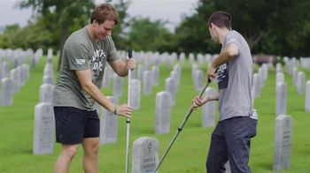 Carry the Load TV Spot, '2019 Headstone Cleaning' - Thumbnail 7