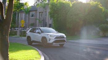 Toyota RAV4 TV Spot, 'Telemundo: Latin American Music Awards' con Silvestre Dangond [Spanish] [T1] - Thumbnail 3