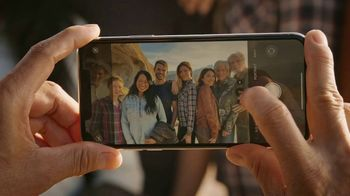 T-Mobile TV Spot, 'Signal: iPhone 11' Song by Aerosmith - Thumbnail 2