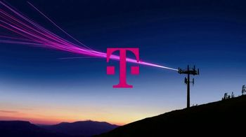 T-Mobile TV Spot, 'Signal: iPhone 11' Song by Aerosmith - Thumbnail 4