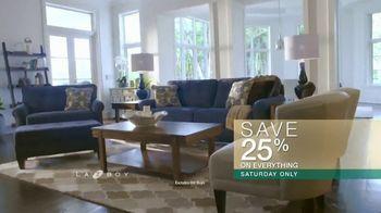 La-Z-Boy Super Saturday Sale TV Spot, 'Family Photo: 25 Percent' - Thumbnail 5