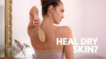 Aveeno Skin Relief TV Spot, 'Say Goodbye to Extra Dry Skin & Hello to Healthy Skin'