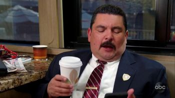 Hotels.com TV Spot, 'ABC: Bus Captain' Featuring Guillermo Rodriguez - Thumbnail 5