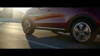 2020 Kia Sportage TV Spot, 'More Options, Standard' [T2] - Thumbnail 3