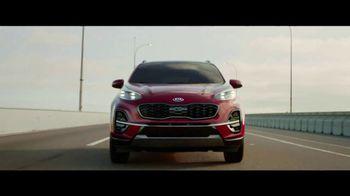 2020 Kia Sportage TV Spot, 'More Options, Standard' [T2] - Thumbnail 4