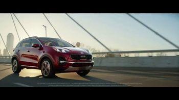 2020 Kia Sportage TV Spot, 'More Options, Standard' [T2] - Thumbnail 5