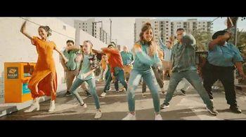 Boost Mobile TV Spot, 'Dale más' con Pitbull, canción de Pitbull [Spanish] - Thumbnail 7