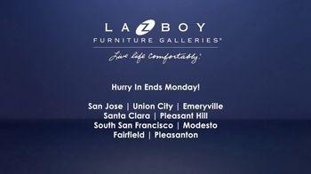 La-Z-Boy Memorial Day Sale TV Spot, 'Sign' Featuring Kristen Bell - Thumbnail 7