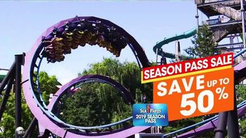 Six Flags New England TV Spot, 'Season Passes and Free Parking'