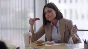 Dunkin' Go2s TV Spot, 'Go2cents' - Thumbnail 7
