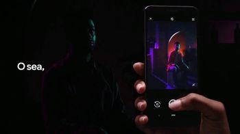 Google Pixel 3a TV Spot, 'Ve en la oscuridad' canción de Little League [Spanish] - Thumbnail 2