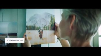 Fracture TV Spot, 'Glass Prints' - Thumbnail 8