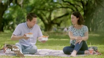 Popeyes Hot Honey Crunch Tenders TV Spot, 'Picnic' - Thumbnail 1