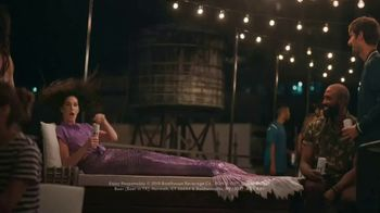 BON & VIV Spiked Seltzer TV Spot, 'By Any Ocean' - Thumbnail 7