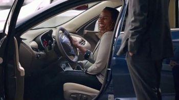 2019 Chevrolet Equinox TV Spot, 'Start Summer Off Right' [T2] - Thumbnail 3