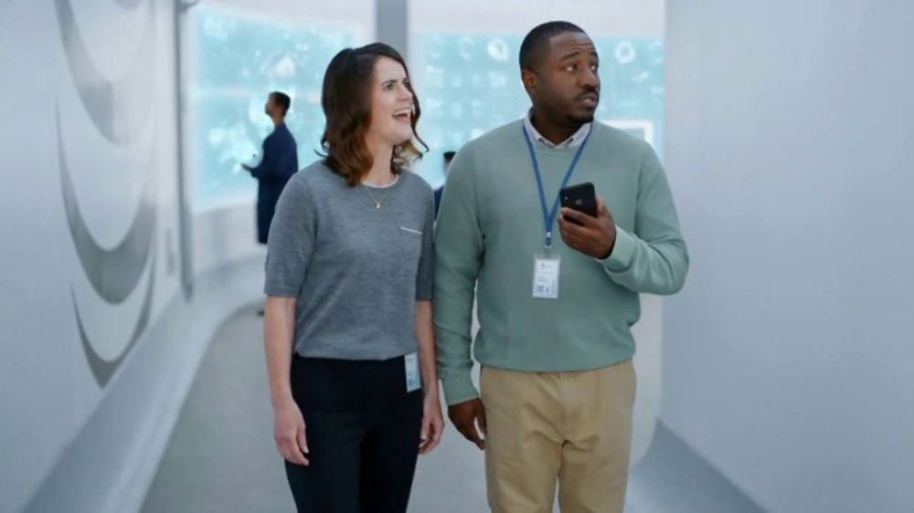 AT&T Unlimited TV Commercial, 'AT&T Innovations: Perfect Couple'