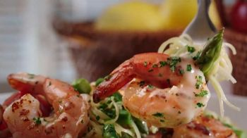 Olive Garden Buy One Take One TV Spot, 'Two Nights of Favorites: Shrimp' - Thumbnail 2