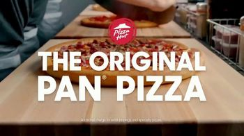 Pizza Hut Original Pan Pizza TV Spot, 'Officially Joined the Pizza Party' - Thumbnail 4