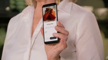 Postmates TV Spot, 'How to Make Thai Chicken Wings: $100 Credit' Featuring Martha Stewart - Thumbnail 4