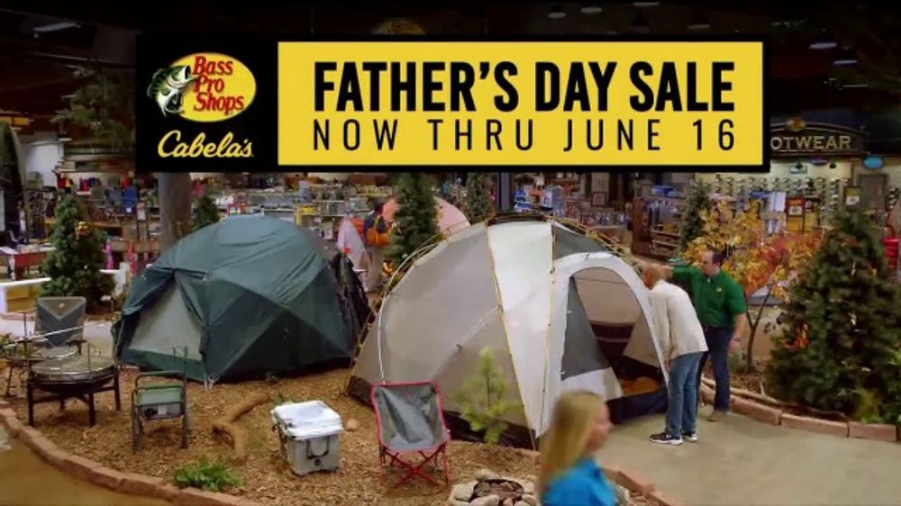 Bass Pro Shops Father's Day Sale TV Commercial, 'Multi-Tool, Small Folding Knife and Pellet Grill'