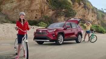 Toyota Summer Starts Here TV Spot, 'Activities' [T2] - Thumbnail 3