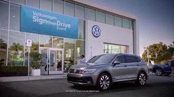 Volkswagen Sign Then Drive Event TV Spot, 'Stichomythia' [T2] - Thumbnail 4