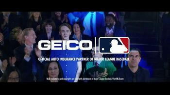 GEICO TV Spot, 'Employee of the Year' - Thumbnail 9