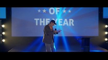 GEICO TV Spot, 'Employee of the Year' - Thumbnail 2