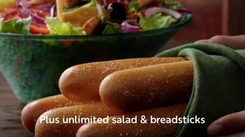 Olive Garden Buy One Take One TV Spot, 'Two Nights of Favorites: Lasagna' - Thumbnail 5