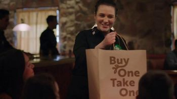 Olive Garden Buy One Take One TV Spot, 'Two Nights of Favorites: Lasagna' - Thumbnail 6