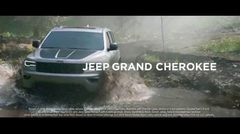 Jeep Memorial Day Sales Event TV Spot, 'Legend of the Grand Cherokee' Song by The Kills [T2] - Thumbnail 6