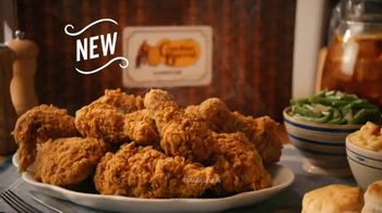 Cracker Barrel Southern Fried Chicken TV Spot, 'Homestyle Favorites: Over 50 Years' - Thumbnail 7