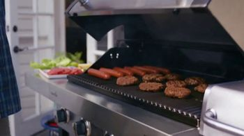 Lowe's TV Spot, 'Great Summer Nights: Char-Broil Grill' - Thumbnail 5